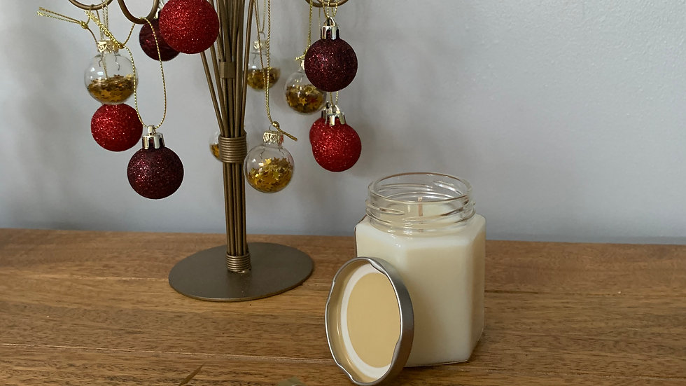 Golden Yuletide Spice Scented Container Candle