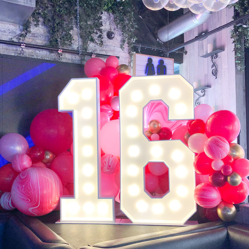 Black Friday Special 🛍️ BOOK YOUR EVENT THIS WEEK 50% OFF Large Marquee Signs From LOVE to numbers 15,16 and 50