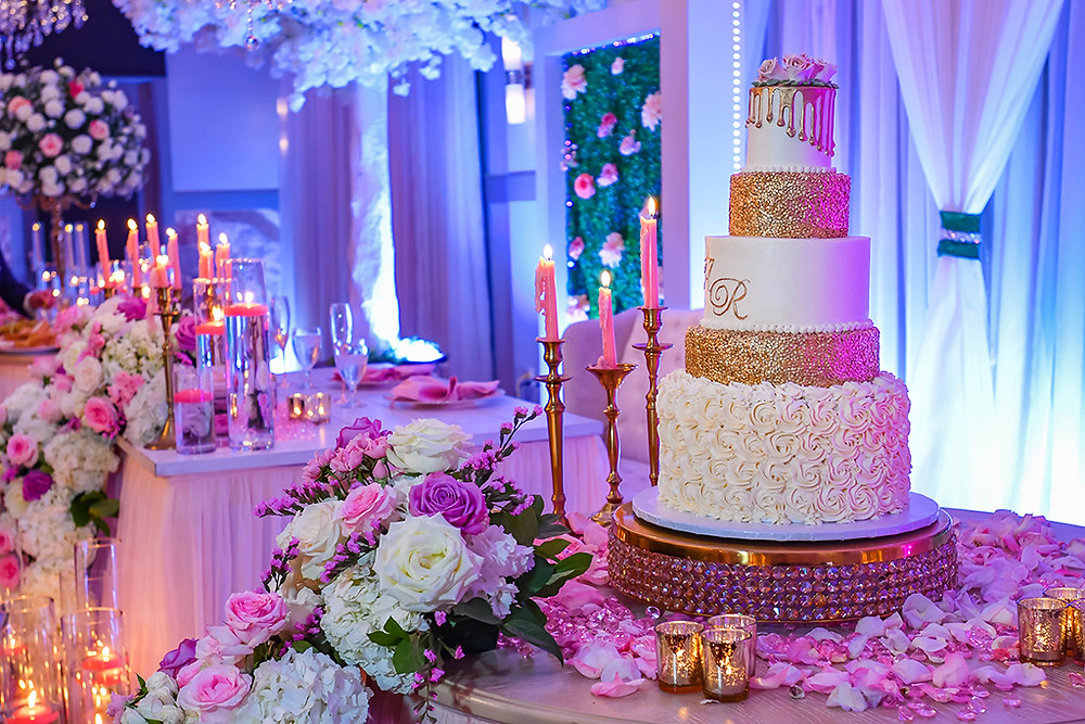 Create your wedding themes at Crystal Ballroom