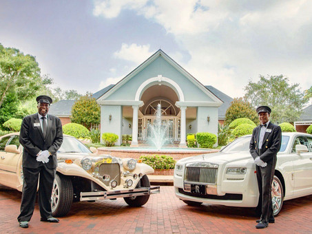 Make an Unforgettable Entrance with Exotic Limo