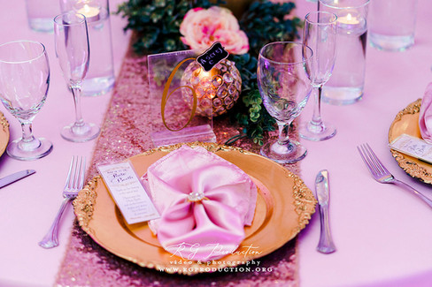 Formal Chinaware and Centerpieces