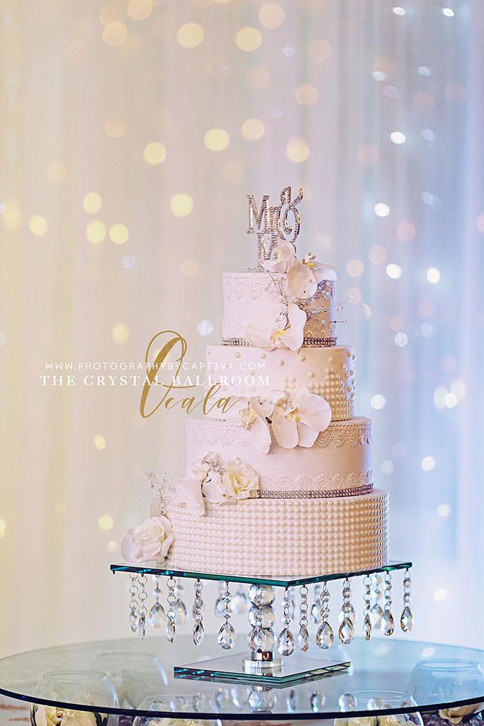Wedding Cake at Crystal Ballroom Ocala