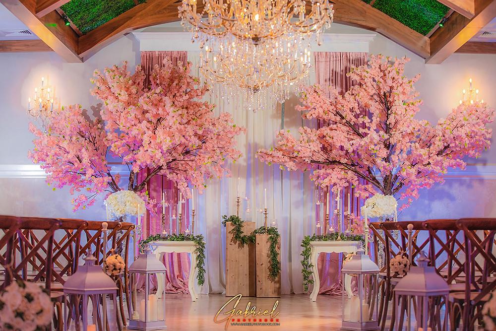 Winter Wedding Flowers at Crystal Ballroom Lake Mary