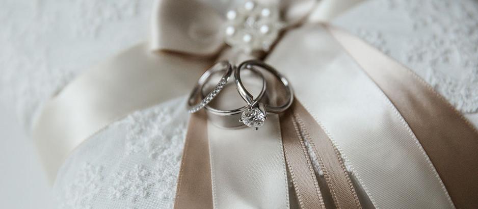 Liz's Wedding Officiant