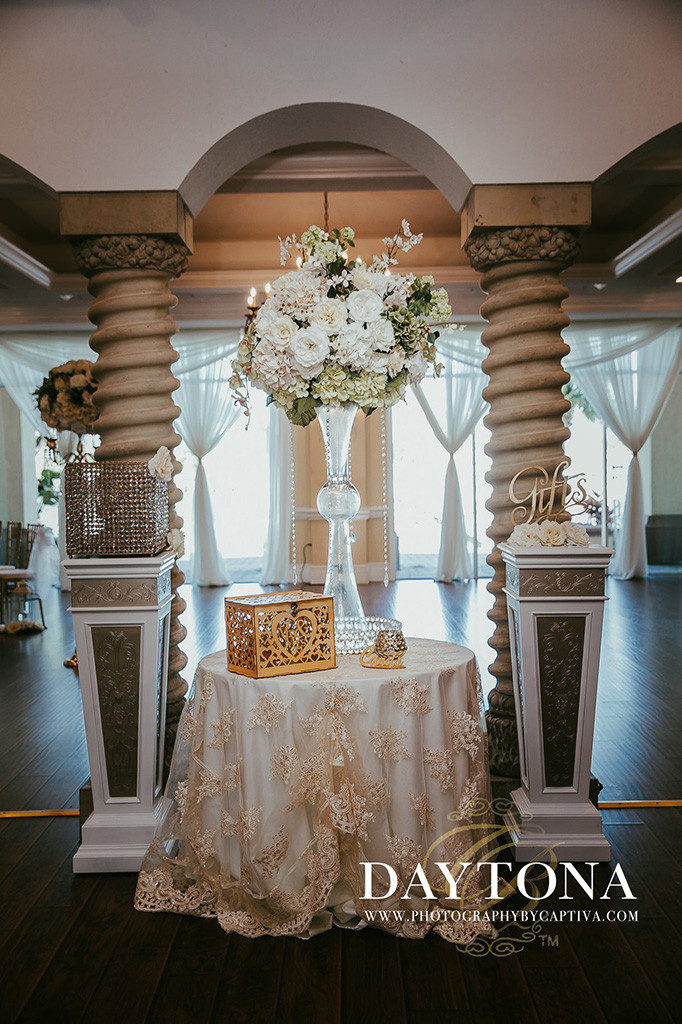 Wedding Flowers at Crystal Ballroom