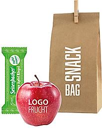 FruchtSnacks in Papiertüte als Messegeschenk mit LogoObst und Riegel