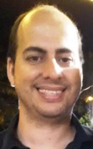 Dr.Lucas Moraes Rego