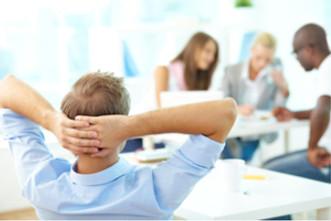 Série 16 Erros – Erro 05 – contratar muitas pessoas e gerar despesas administrativas ele