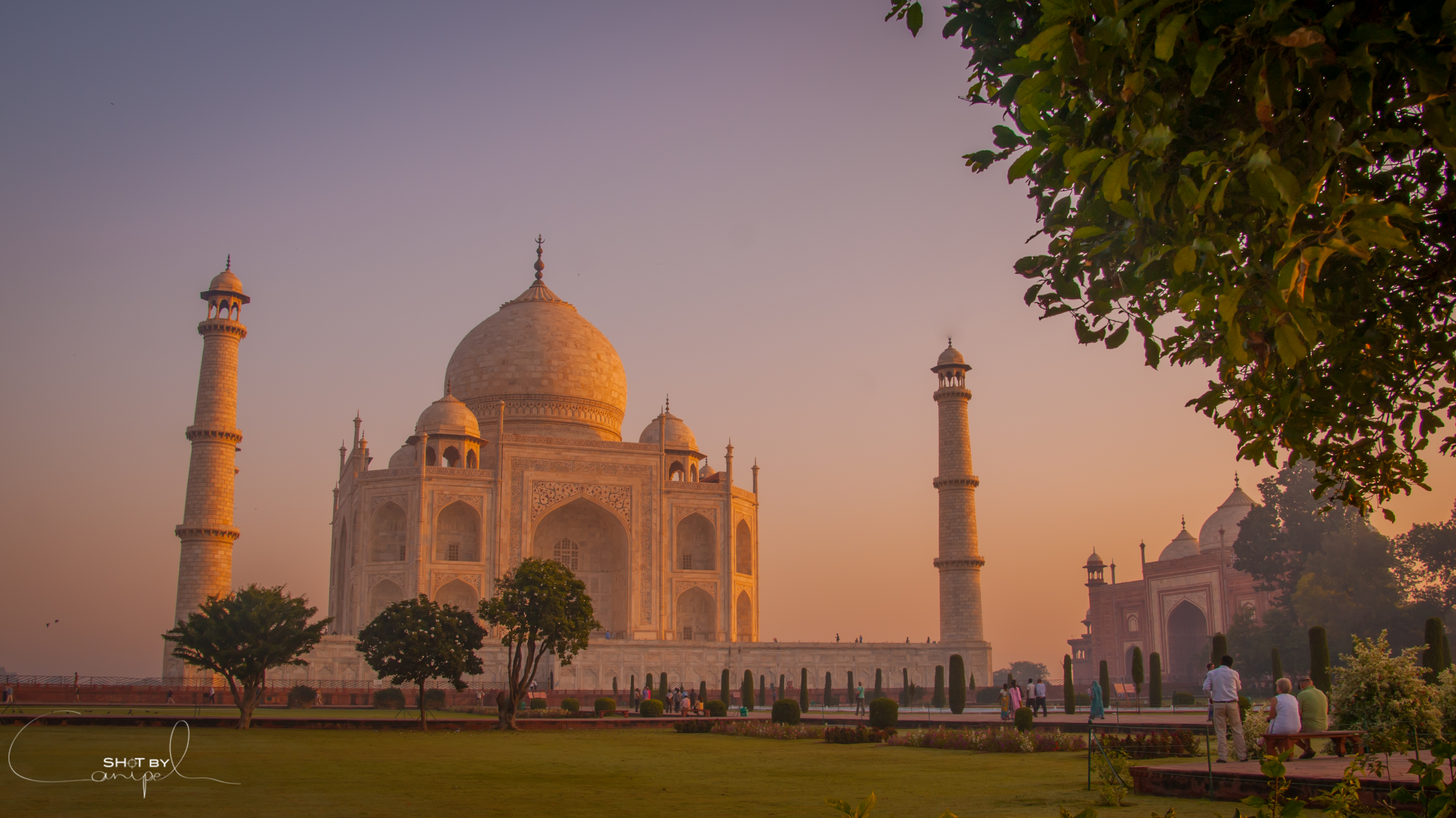 Romantic Taj Mahal