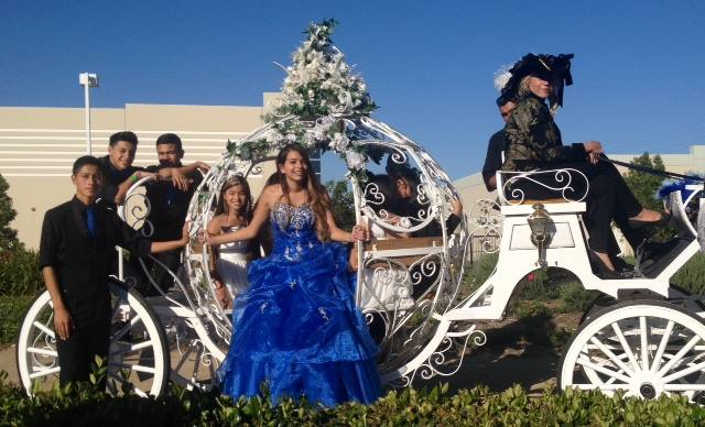 Horse drawn carriage for Quinceanera