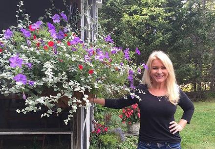 jo flowers.jpg