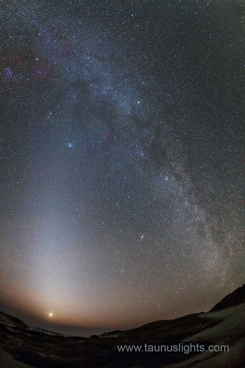 zodical light meets milkyway