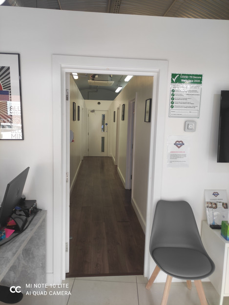 HealthHub. Where your calls are answered politely and promptly, relaxed atmosphere. Friendly people