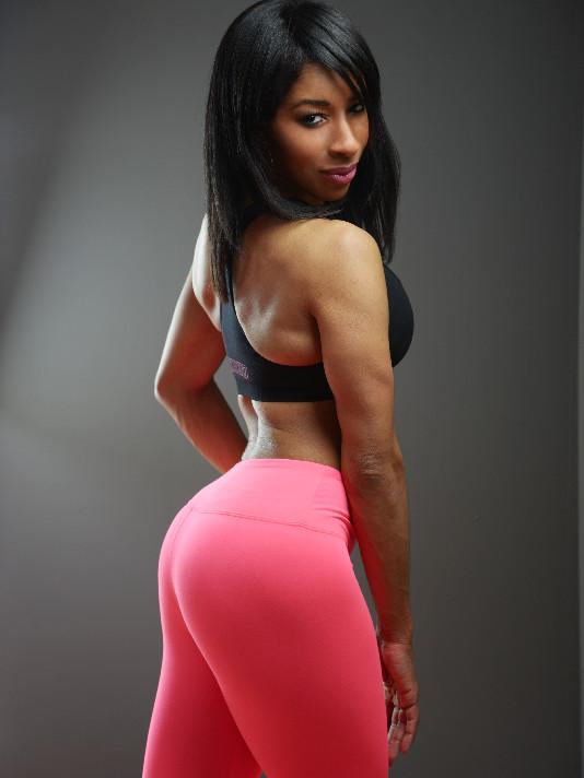 Jana_Ami Pink Pants_edited.jpg