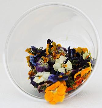 """fiori eduli """"Pansè  o viola del pensiero essiccata """" un tocco sfizioso ai tuoi  piatti"""