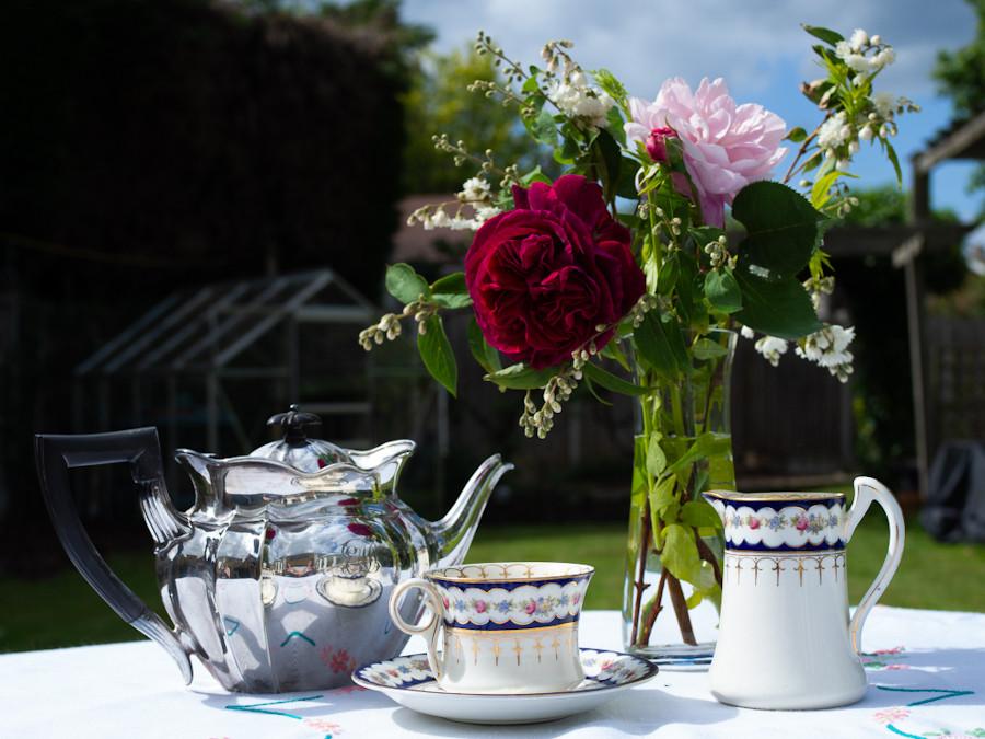 Tea break in the garden
