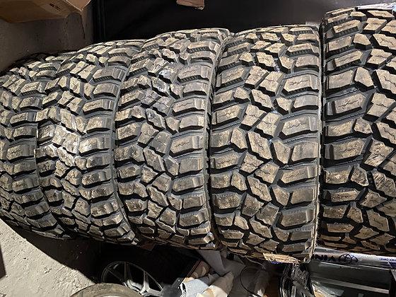 Tires for Gelendvagen 6x6 like original