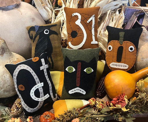 """NEW!  #522 """"A Wooly October 31"""" KIT"""