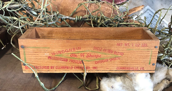 NEW!  Olde Vintage Cheddar Box #15