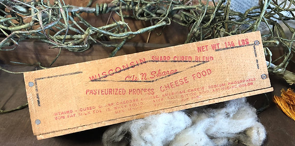 NEW!  Olde Vintage Cheddar Box #17