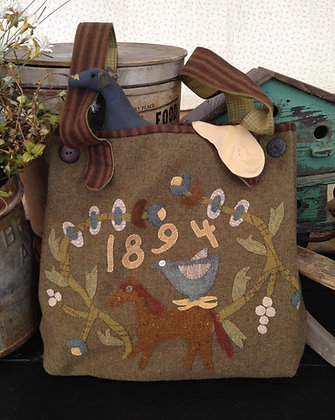 "#245 ""Farmhouse Summer Meadow"" Wool Hand Bag Pattern"