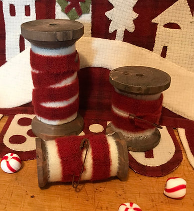 NEW!  Medium Olde Red White Wooly Spool