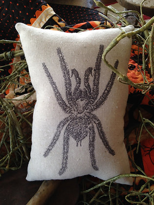 """Vintage """"Spider"""" Pantry Pillow"""
