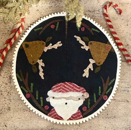 """NEW!  #541 """"The Merriest Wooly Christmas Tree Skirt"""""""