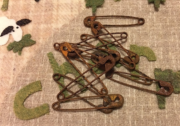 Olde Pin Keep Large Rusty Safety Pins