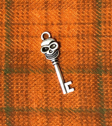 "NEW!  ""Skeleton Key""Sewing Charms"