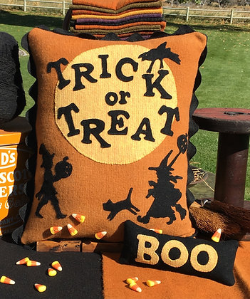 NEW!  #295 Trick or Treat Wool Appliqué Pattern