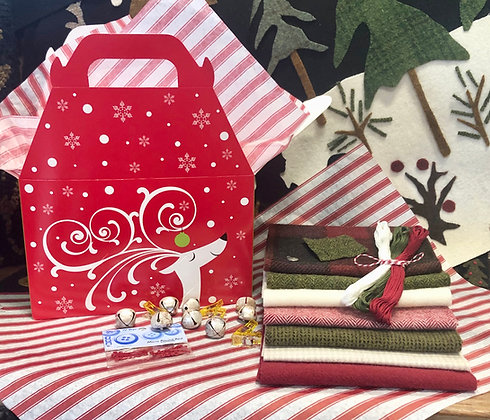 "NEW!  ""Merry and Bright"" Wooly Gift Box"