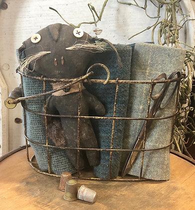 NEW!  Olde Vintage Farm-Find Wire Basket