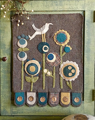 """#276 """"Ring A Round the Posies""""  Wool Appliqué"""