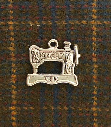 "NEW!  ""Singer Sewing Machine"" Sewing Charm"