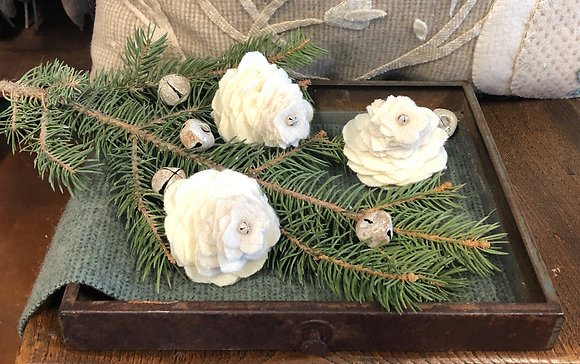 """NEW!  """"O'Wooly Pinecones KIT"""" Cream"""