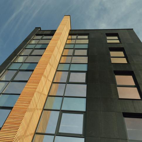 budynek-lubostron