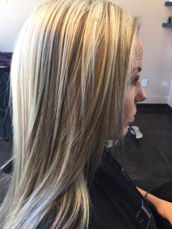 What's the Difference Between Highlights and Balayage?