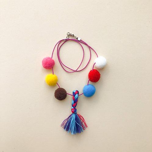 Colar Pompons com Franja moda feminina acessórios para meninas moda infantil