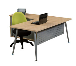 Systems Desk with Pedenza