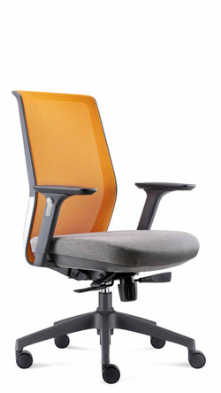 Cre8 Operator Chair