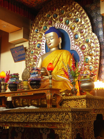Mec Leod Ganj Tsuglagkhang Complex, sídlo tibetské exilové vlády v Indii