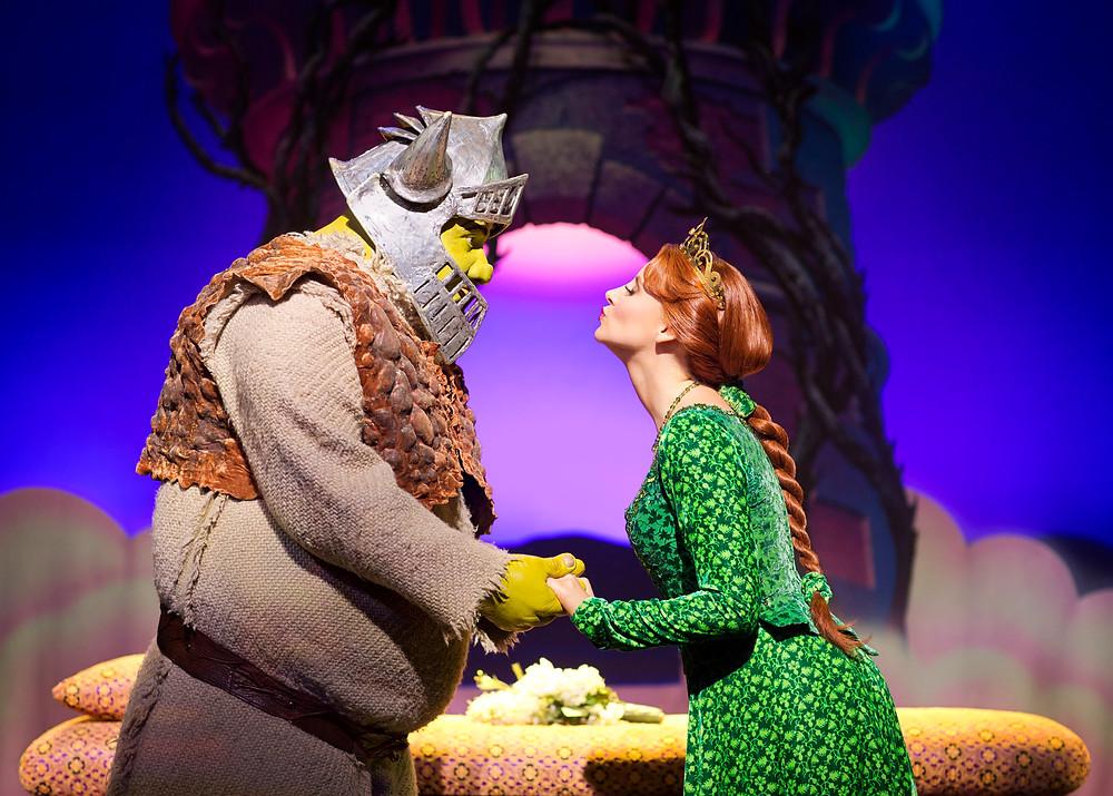 Shrek-and-Princess-Fiona.-Shrek-The-Musical-at-Theatre-Royal-Drury-Lane-London.-