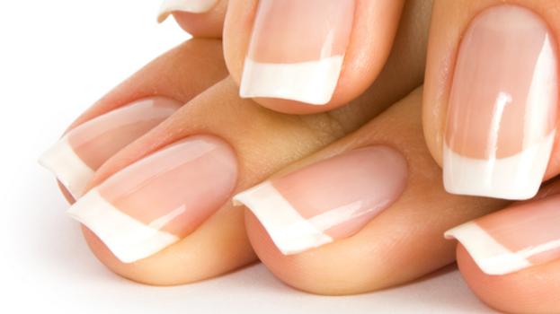 Limage des ongles (mains)