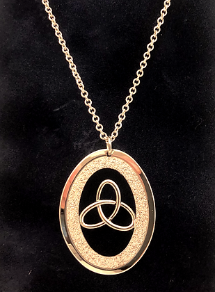 Necklace Silver Spirit w Celtic \knot