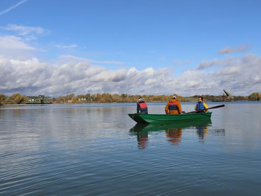 Nachhaltiges Wasserwirtschaften: Traditionelles Holzboot selber bauen