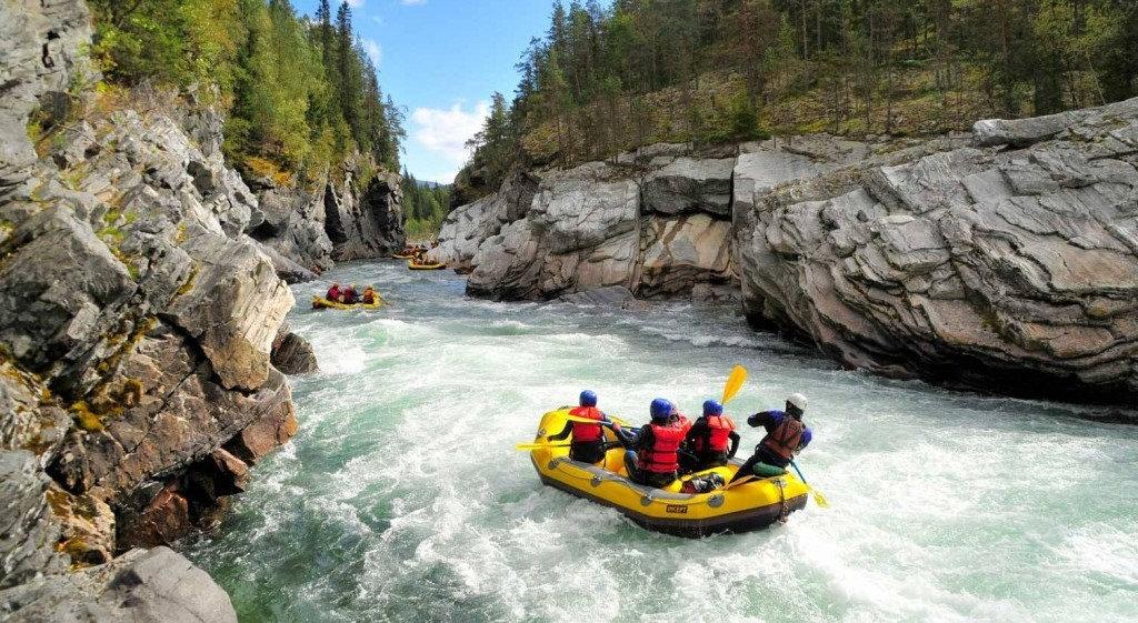 River-Rafting-Wallpaper-Full-HD-1024x680