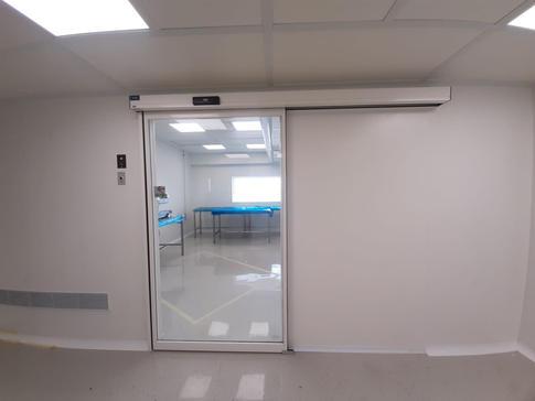 דלתות הזזה חדר נקי