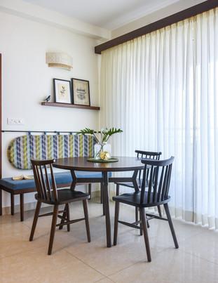 Prasanta Residence Dining Area