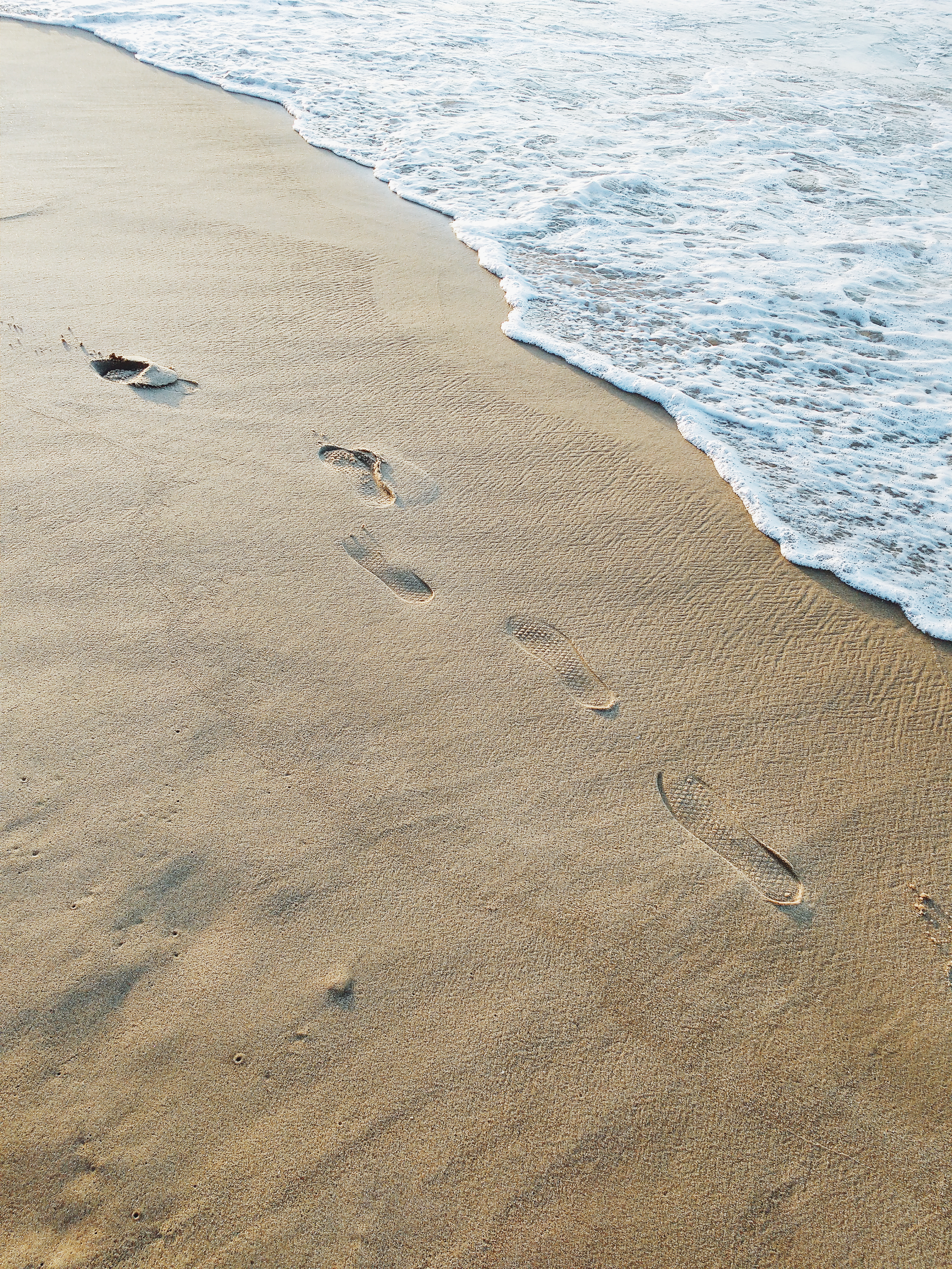 Canva - Beach